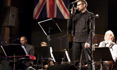 Joakim, sångsolist och saxofonist